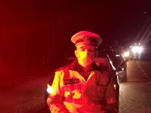 Zeci de mașini cu români care se întorc din străinătate au început să intre miercuri seara în județ