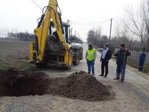 Primarul Tomiță Onisii a spus că pentru început se lucrează pe drumul Liteni-Siliștea, la poduri