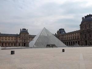 Corespondență dintr-un Paris aproape pustiu