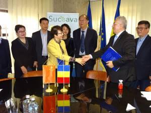 Conducerea orașului înfrățit din China, care a fost la Suceava, va trimite o donație de echipamente medicale