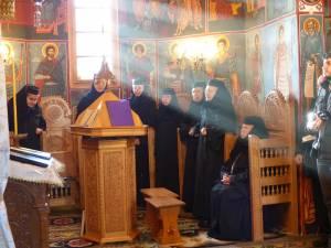 Obștea Mănăstirii Voroneț se va ruga în această seară pentru toate cadrele medicale aflate în prima linie, în lupta cu noul coronavirus