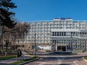 Traficul rutier și pietonal va restricționat în zona Spitalului Județean Suceava, începând de luni. Pe unde vor putea circula sucevenii