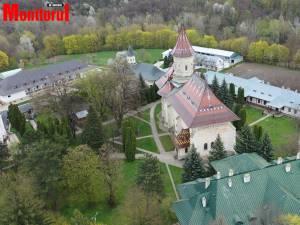 """Mănăstirea """"Sfântul Ioan"""" din Suceava"""