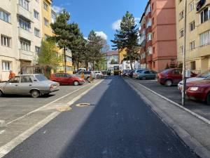 113 noi locuri de parcare au fost amenajate pe strada Rândunicii, din municipiul Suceava