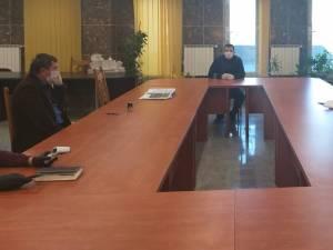 Primarul Ion Lungu și reprezentanții celor trei companii care realizează primul tronson de legatură către Podul Unirii