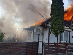 Incendiu la două case din cartierul Ițcani