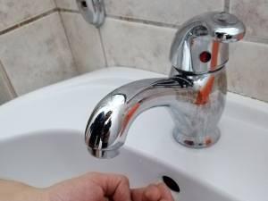 Apa rece se oprește luni pe străzile Mărăști și Mărășești, timp de șase ore