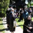 Arhipăstorul Bucovinei a plecat spre locul de veci pe un drum udat de lacrimi și presărat cu flori