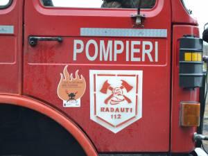 La locul incendiului au ajuns pompieri ai Detașamentului de Pompieri Suceava
