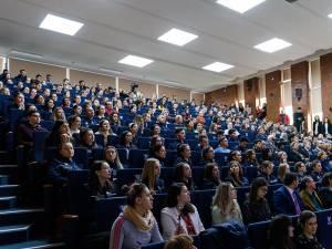Studenții vor primit 130 de tablete din partea AUF