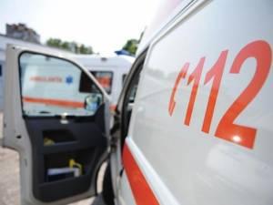 Doi tineri, răniți de o șoferiță de 21 de ani, care a intrat cu un BMW pe contrasens Sursa foto romanialibera.ro