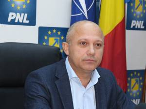 Senatorul PNL de Suceava Constantin-Daniel Cadariu