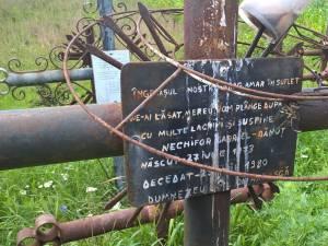 Cruci ridicate în memoria celor dispăruți în accident