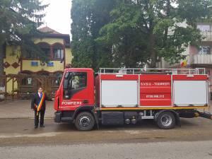 Tot printr-un proiect european, Primăria Todirești a achiziționat o mașină nouă de pompieri