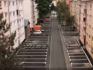 Locuitorii celui mai mare cartier al Sucevei, Burdujeni, au la dispoziție încă două parcări de reședință