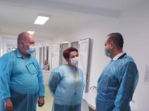 Prefectul si seful DSP, in vizita la Spitalul Sf. Luca Sucevita