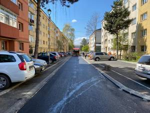 Peste 3000 de locuri de parcare reabilitate și modernizate în ultimii patru ani