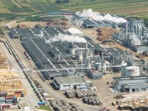 Fabrica Egger Rădăuți, cu aproape 900 de angajați