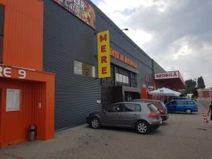 Un supermarket din Suceava, închis de pandemie