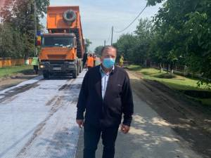 Gheorghe Flutur a inspectat lucrările de modernizare a mai multor drumuri județene