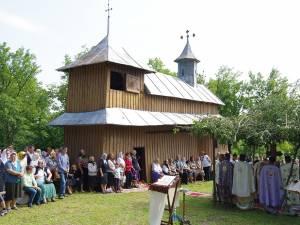 Zi de sărbătoare la bisericuța Mănăstioara