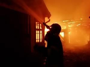 Incendiul a izbucnit la o casă din satul Stânca, comuna Zvoriștea