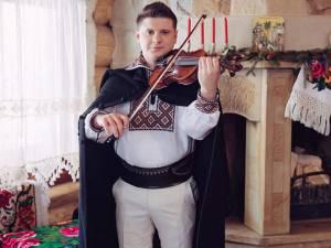 Solist instrumentist, prof. Mihai Cotos