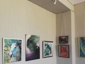 """Vernisajul expoziției de pictură și grafică """"Dincolo de noi"""""""