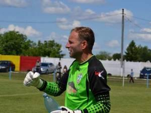 Vasile Prisacă continuă să arate o formă sportivă bună la vârsta de 41 de ani. Foto monitorulbt.ro