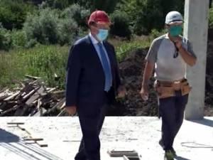 Gheorghe Flutur a vizitat șantierul blocurilor pentru medici