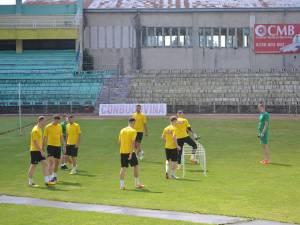 Fotbaliștii Forestei se pregătesc sub atenta supraveghere a lui Dorin Goian