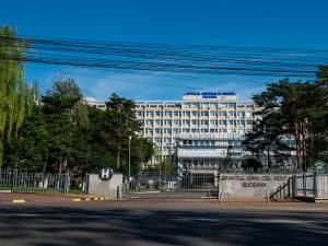 Șoferul a fost transportat la Spitalul Județean Suceava