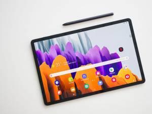 Unul dintre motivele pentru care nu ne putem lua ochii de la Samsung Galaxy Tab S7+