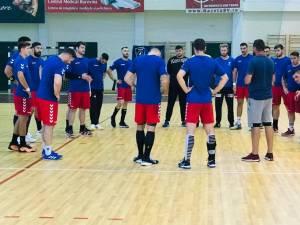 Handbaliştii de la CSU Suceava au remizat cu Steaua in prima etapa a Ligii Zimbrilor