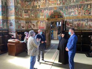 Ministrul Culturii, Bogdan Gheorghiu, și președintele CJ Suceava, Gheorghe Flutur, au participat la inaugurarea lucrărilor de restaurare