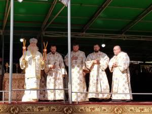 Vasile Demciuc, doctor în istorie, a fost hirotesit arhidiacon. Foto Arhiepiscopia Sucevei și Rădăuților