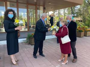 Cuplurile din Suceava care au împlinit 50 de ani de căsătorie, au fost sîrbătorite la zona de agrement Tătărași, într-o superbă zi de toamnă