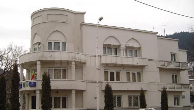 Cinci cazuri de Covid la Primăria Câmpulung Moldovenesc