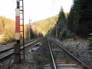 Calea ferata intre statiile Valea Putnei si Pojorata