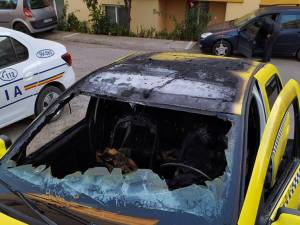 Taxiurile incendiate intenționat