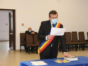Mugurel Bocancea a depus jurământul pentru primul mandat de primar al comunei Todirești
