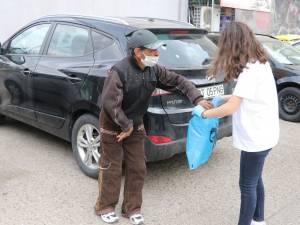"""""""Olimpiadele faptelor bune"""", un program ce cuprinde activități de voluntariat pentru persoane aflate în dificultate sau în situații de risc"""