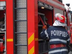 Incendiul a fost localizat și stins de pompierii militari suceveni