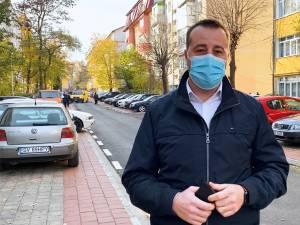 Nu ne oprim aici, din primăvară vom continua programul Modernizarea Sucevei De La Scara Blocului în toate cartierele din oraș, a spus viceprimarul Lucian Harșovschi