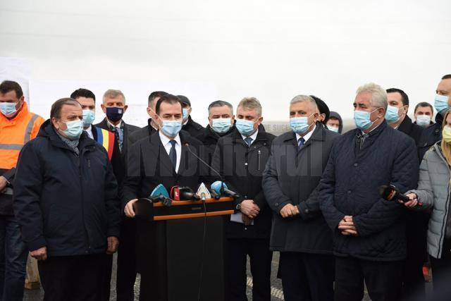 Premierul Orban a inaugurat șoseaua de centură a municipiului Rădăuţi