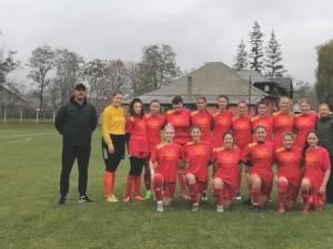 """Fetele de la Colegiul """"Nicu Gane"""" Fălticeni au început bine campionatul Ligii a II-a. Foto Alex Săvescu"""