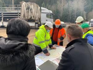 Gheorghe Flutur a fost prezent, vineri, pe șantierul lucrărilor de construcție a magistralei de gaz metan de la Pojorâta la Vatra Dornei