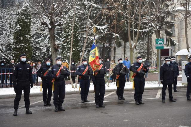 Depunerea coroanelor  la manifestările restrânse de 1 Decembrie 2020