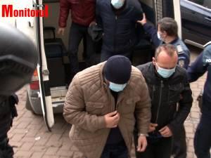 Arestaţi de la Permise și Înmatriculări Suceava duşi la instanţă