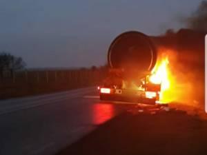 Incendiu la cisterna pe DN 2, la Vadu Moldovei
